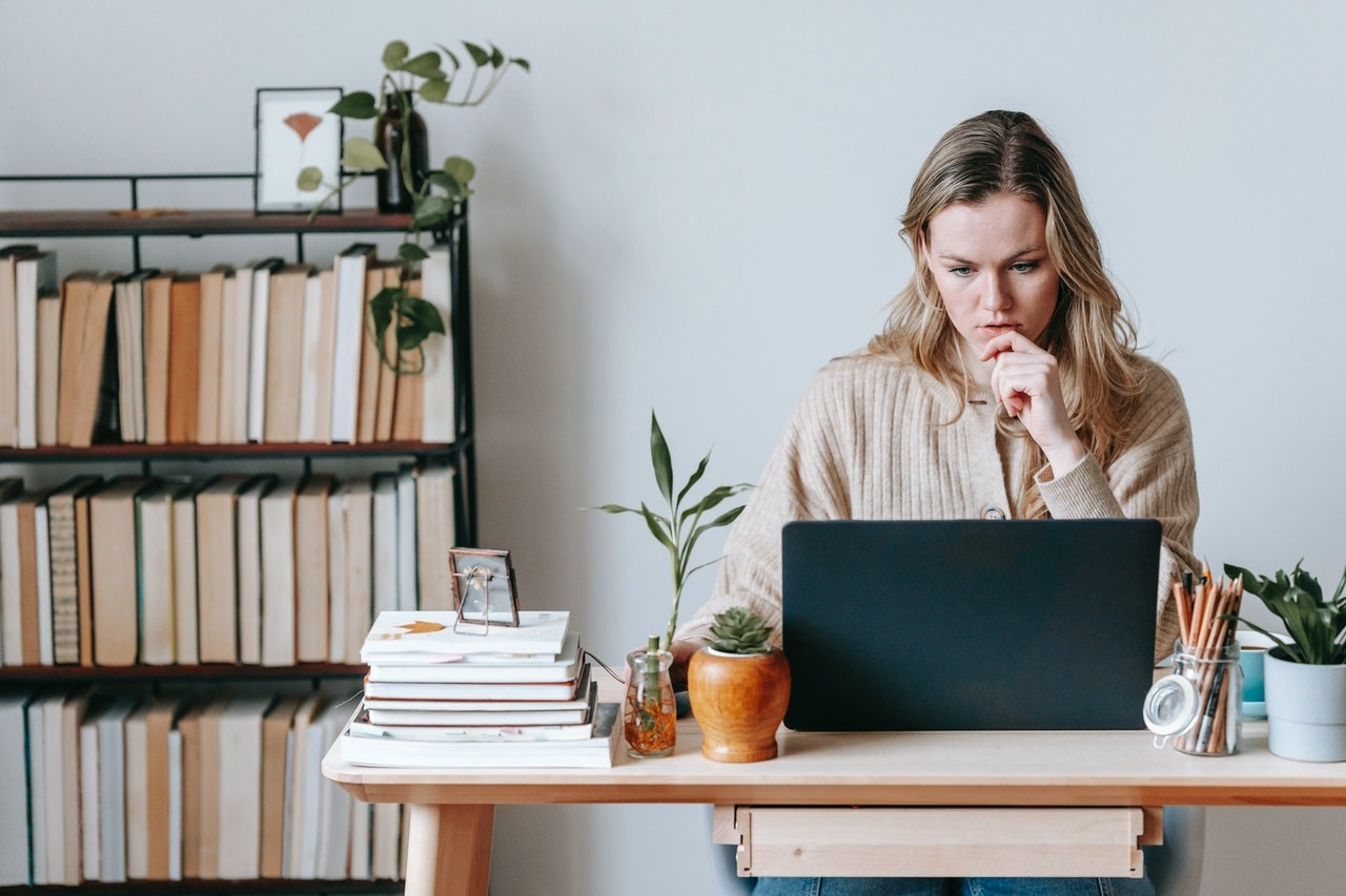 Get The Right Freelance Clients: 4 Effective Tips